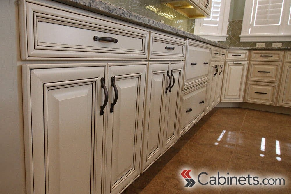 Painted Cabinet Finishes And Variations Cabinets Com